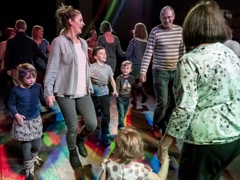 Families and friends dancing at the annual ceili (c) Bob Edwards