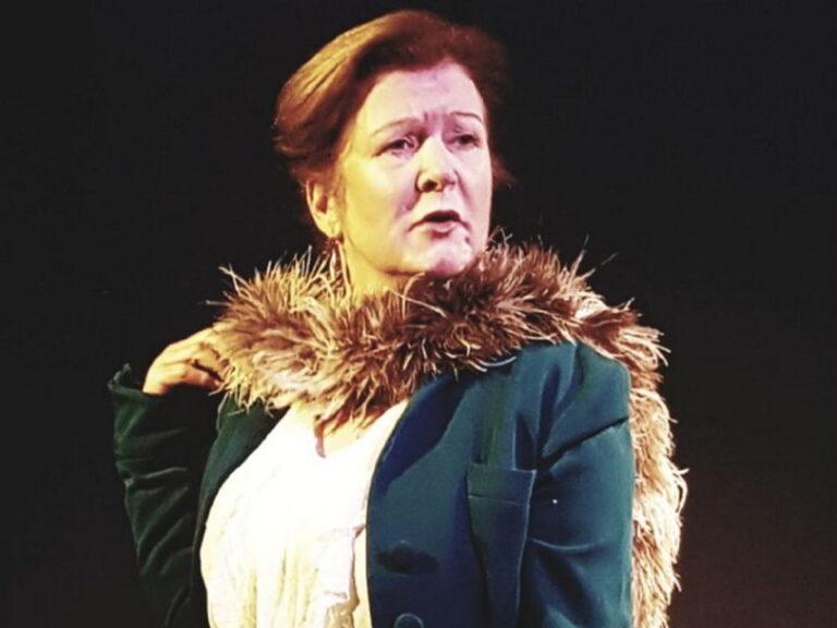 Mrs Shaw Herself